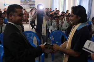 20 Jeevan handing over books