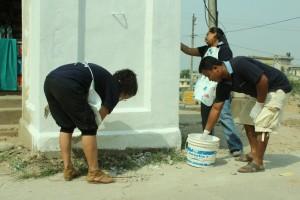 32. Pillar painting