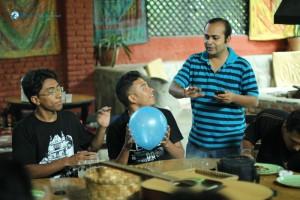 15. Musical ballon
