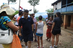 17. Buying nepali money bag (thaili)