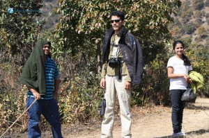 41. Tall guy with body guards