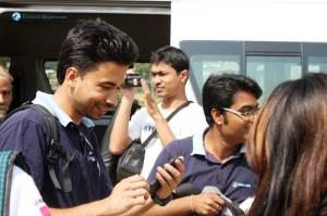 2. Mobile Manish