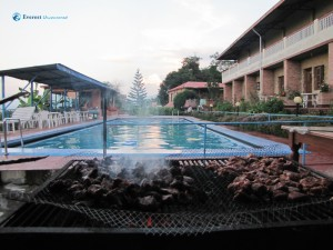 34. Cool pool & Sizzling BBQ