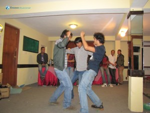 23.Tall trio dance