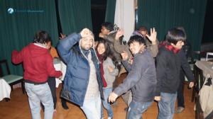 48. Everybody, dance !!!
