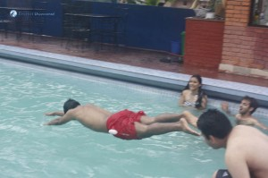 28. Chest Diver