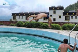 14. Solo diver