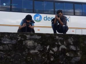 50. Photgrapher ko pose 1