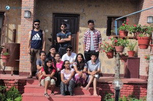 10. Group Photo Team V