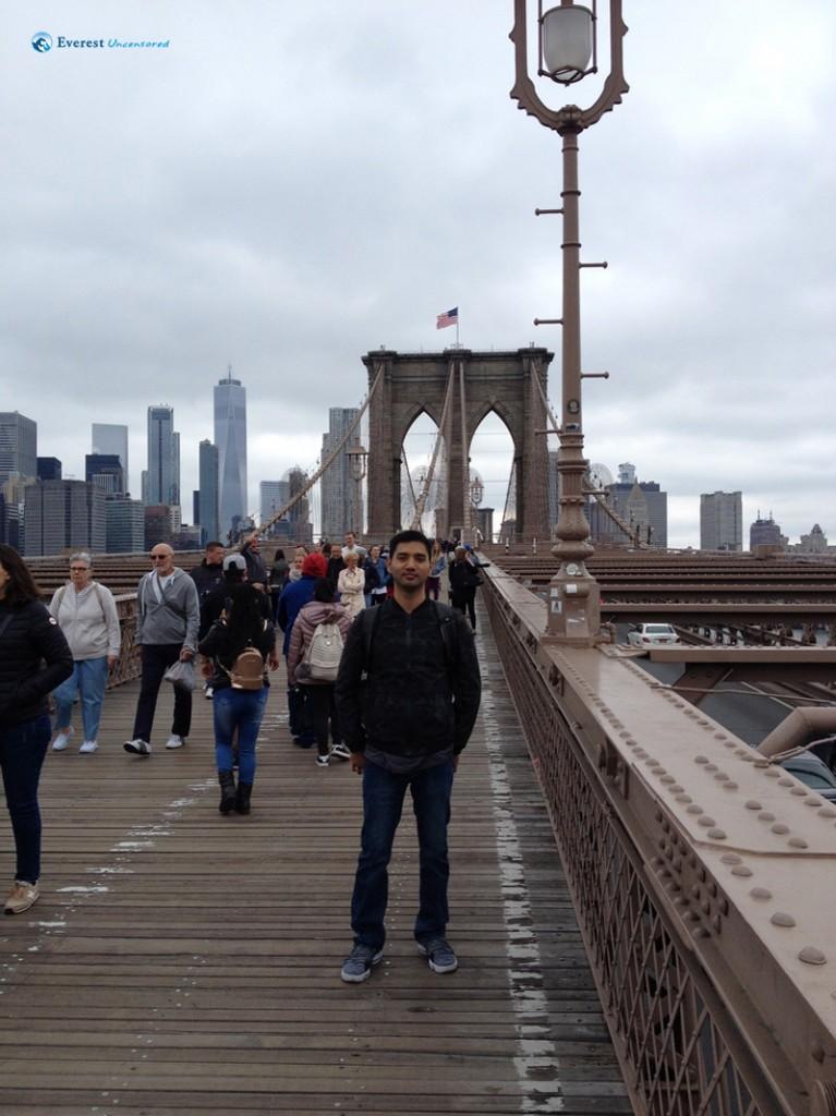 Chlling at the Brooklyn Bridge