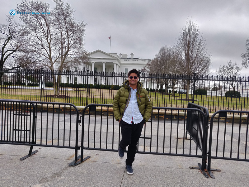 In Front Of White House