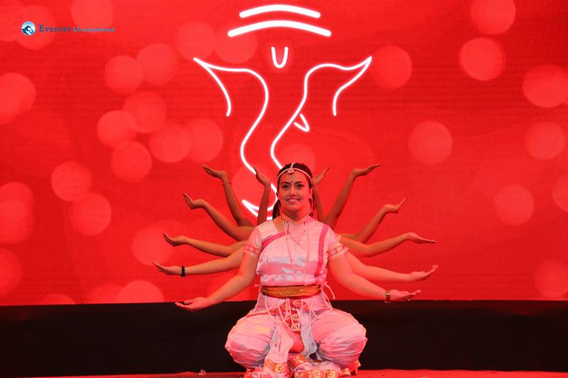 Dwit Performance Shree Ganeshaya Dhimahi