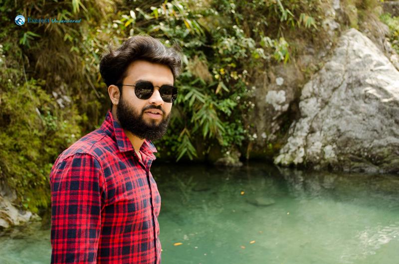 8.best Photo Khichdeu Hai Mero Bhai