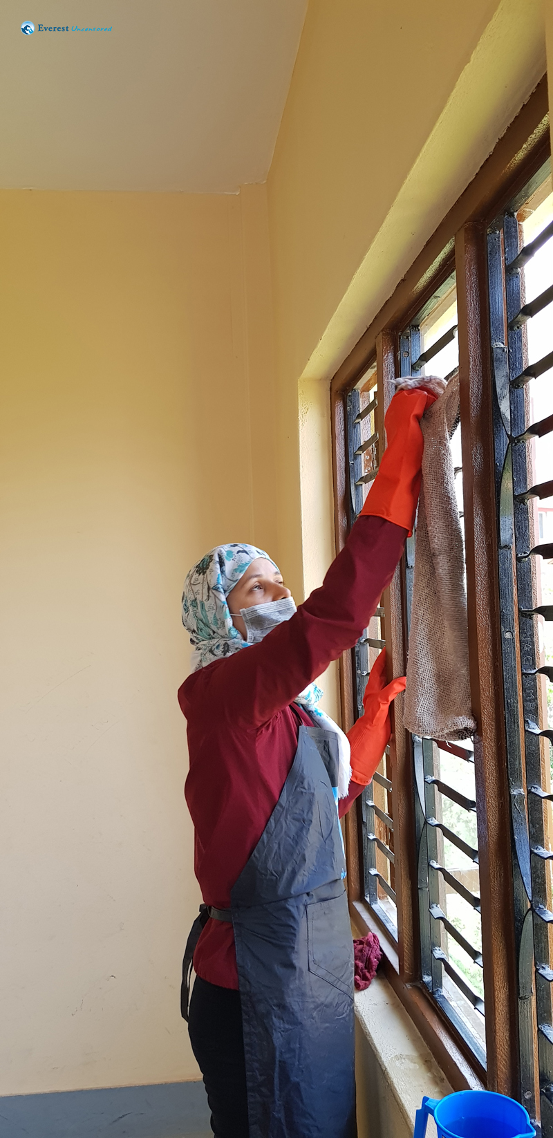 7. Cleaning Windows