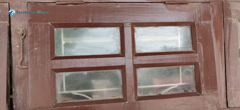 12.window Pane