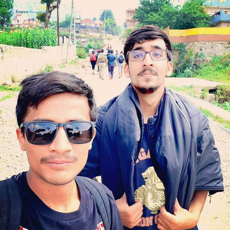 3. Surwati Selfiee