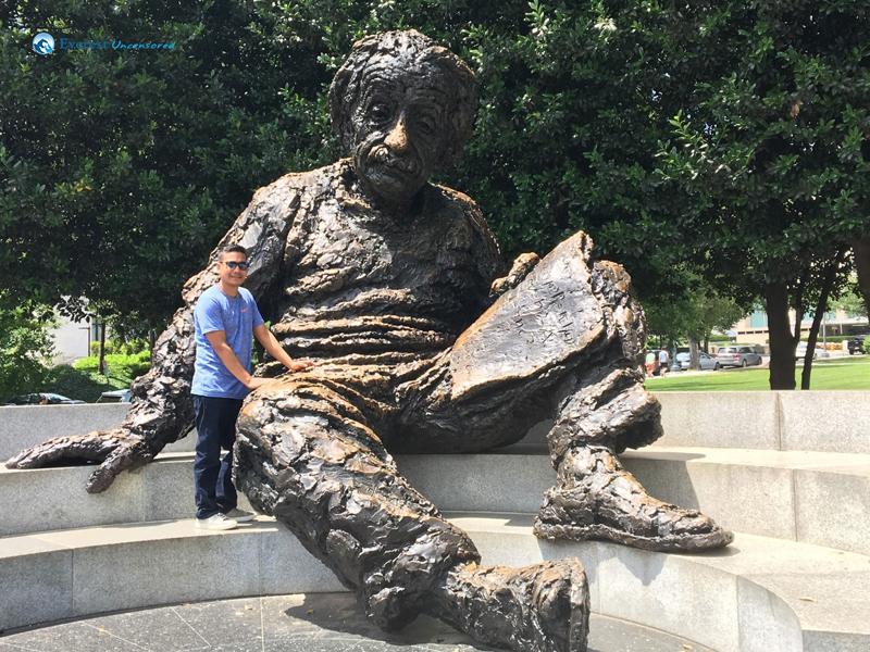 Gaining Knowledge Directly From Einstein