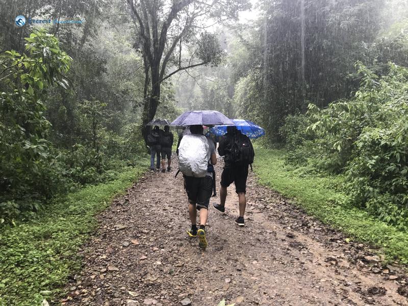 1. Hike Begins