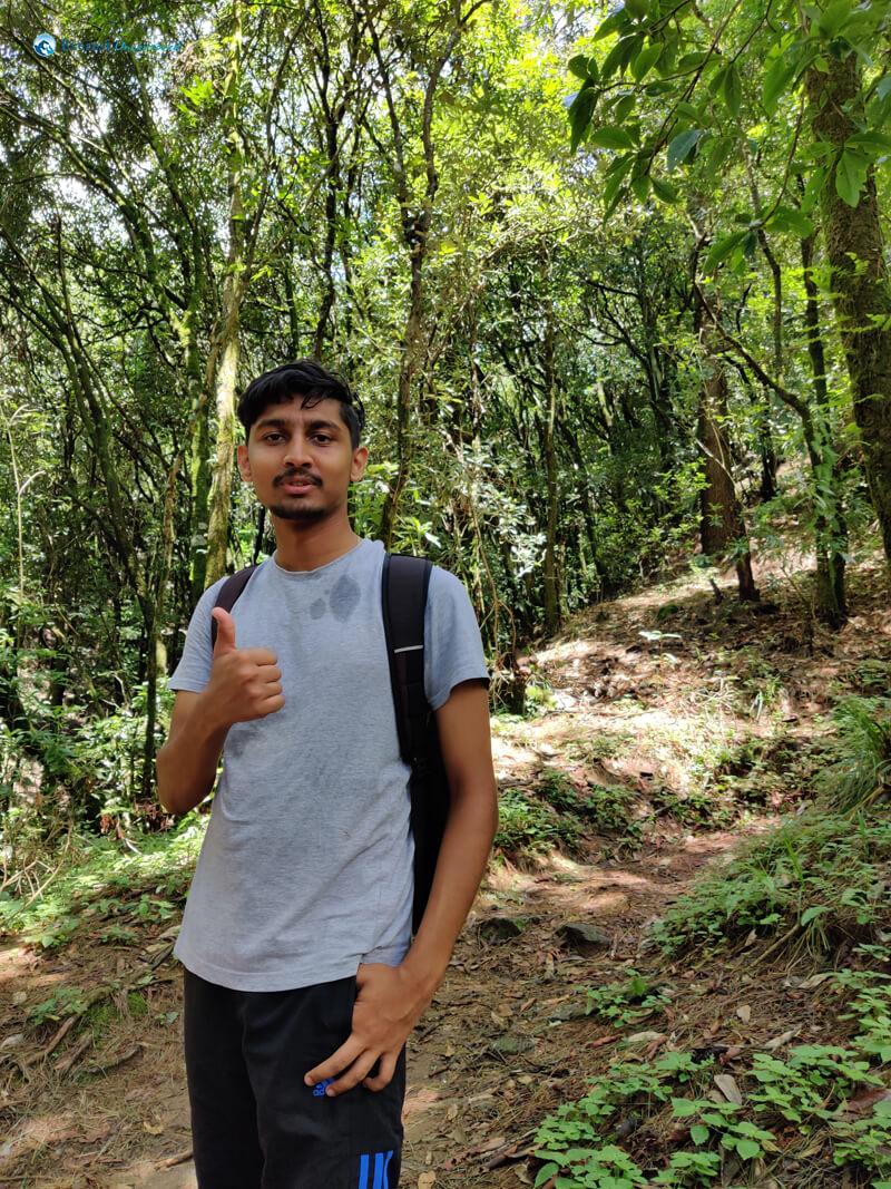 28 Active Hiker Pratik