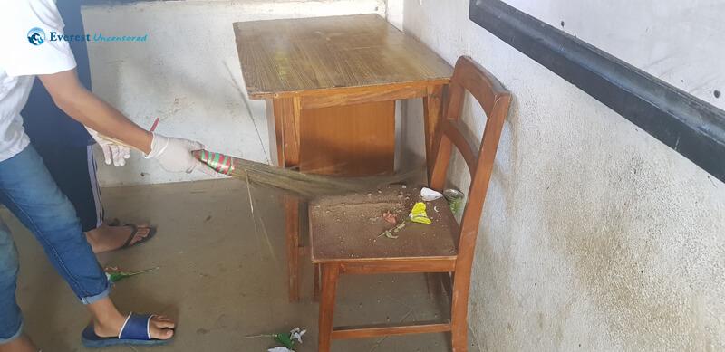 40 Dust Chair