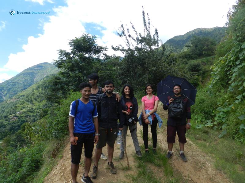 2. Easy Hike