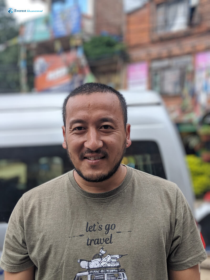 Hiker Niraj Thapa