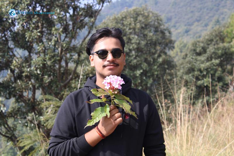 3. Mah Flower Liyera Aauney Chhu