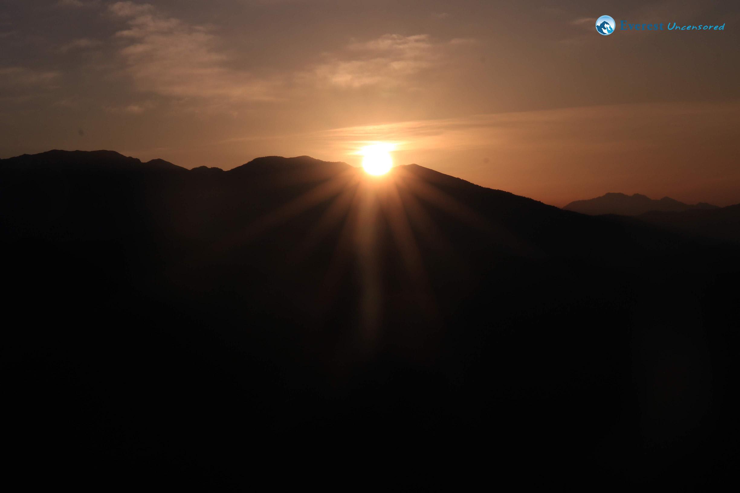 1.rising Sun