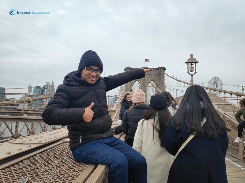 Posing @ Brooklyn Bridge